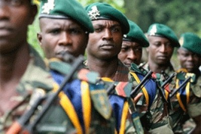 Soldats camerounais - cameroonian soldiers - army armee military militaires troops