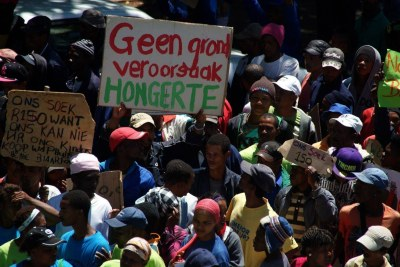 Farmworkers march in Paarl, 4 December 2012