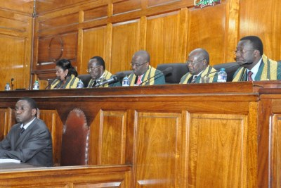 Supreme Court judges rule against Odinga's additional affidavit that was filed late (file photo).