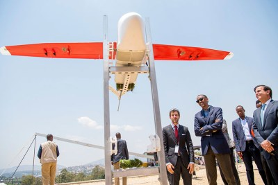 President Kagame with officials from Zipline Inc. at the launch of medical delivery drones in Muhanga District.