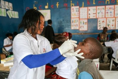 Oral cholera vaccination (file photo).