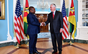Mozambique Prez at DC Biz Summit Meets CEOs & Secretary Tillerson