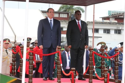 President John Magufuli, right, and Egyptian President  Abdel Fattah Al-Sisi.
