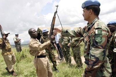 Opération de désarmement de goupes armés burundais sous la tutellle de l'ONU.