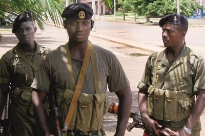 Soldiers on patrol in the capital Bissau. (file photo)