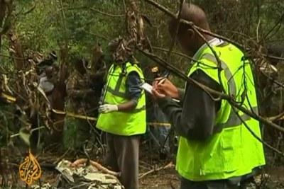 L'hélicoptère dans lequel le ministre kenyan de la Sécurité intérieure voyageait, avec cinq personnes dont son ministre délégué, s'est écrasé dans la forêt de Kibikou près de Nairobi