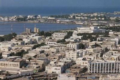 Vue aérienne de la capitale de Djibouti qui porte le même nom.