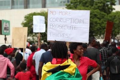 Ghanaians protest against corruption (file photo).