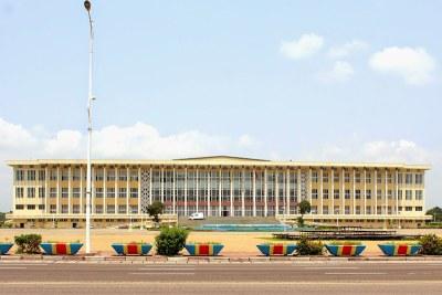 Palais du Peuple, siège du parlement, le 20/01/2015 à Kinshasa lors de la présentation du projet de loi électorale au sénat.
