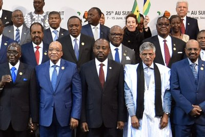 President Bashir of Sudan, right, with his peers, including, from left Presidents Robert Mugabe and Jacob Zuma.