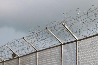 Clôture d'une prison