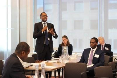 AllAfrica Executive Chair Amadou Mahtar Ba addressing the Frontier 100 Forum in Washington, DC, October 2015