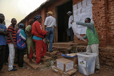 Voters in the Central African Republic during the election on December 30, 2015.