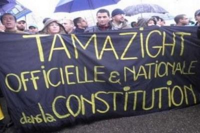 Tamazight langue officielle en Algerie