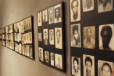 Salle d'exposition du Genocide Memorial à Kigali