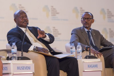 Presidents Yoweri Museveni and Paul Kagame (file photo).