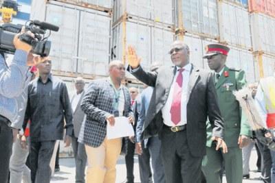 President John Magufuli speaking during his impromptu visit to Dar es Salaam.