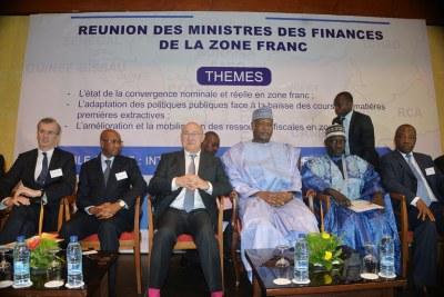Réunion des ministres de l'économie et des finances de la zone franc