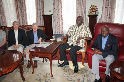 Former President Daniel Moi (second right), his son Gideon (right) and some of the doctors who were attending to the former head of state at a Tel Aviv hospital.