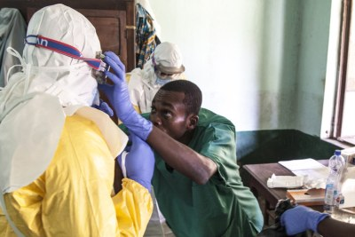 Health worker prepare to treat Ebola patients (file photo).