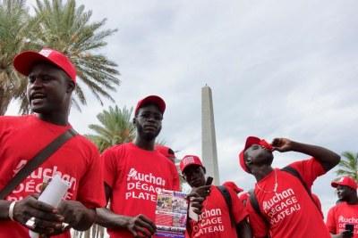 Le collectif «Auchan dégage» a su rassembler massivement place de l'obélisque à Dakar, au Sénégal, le 16 octobre 2018.