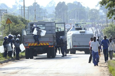 Zimbabwe shutdown protests (file photo).