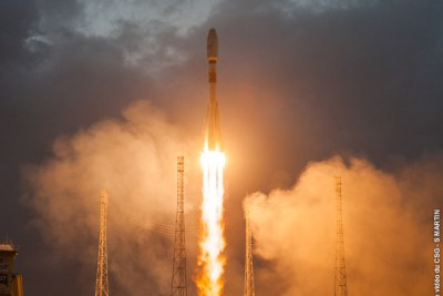 OneWeb, a UK based global communications company, launches its first six initial satellites into low-earth orbit.