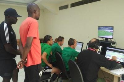 Les arbitres prêts à utiliser l'assistance vidéo (VAR) dès les quarts de finale