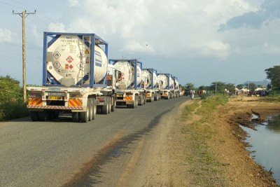 Oil trucks (file photo).