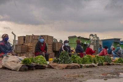 Social distancing in a Nairobi market.