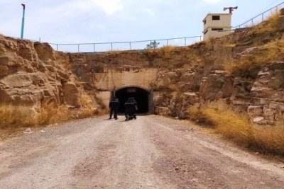 Entrée tunnel minier à Ain Azal, en Algérie