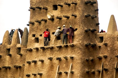 Annual repair of the Great Mosque of Djenné in Mali (file photo).