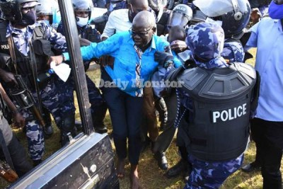 Arrest of Patrick Amuriat, presidential candidate for the Forum for Democratic Change, on November 18, 2020 in Gulu District in Uganda (file photo).