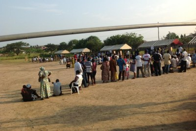 Ghanaians line up to vote in the 2012 general elections.