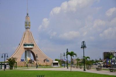 La Torre de la Libertad à Bata, Guinée équatoriale.