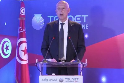 Saied lors du lancement du satellite tunisien Challenge one