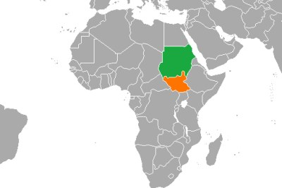 Une carte montrant l'emplacement du Soudan (vert) et du Soudan du Sud (orange).