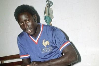 Le Sénégalais Jean-Pierre Adams sous les couleurs de l'équipe nationale de France